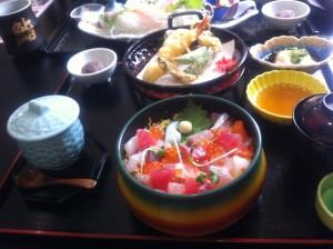 ちらし寿司と天ぷら:1,580円